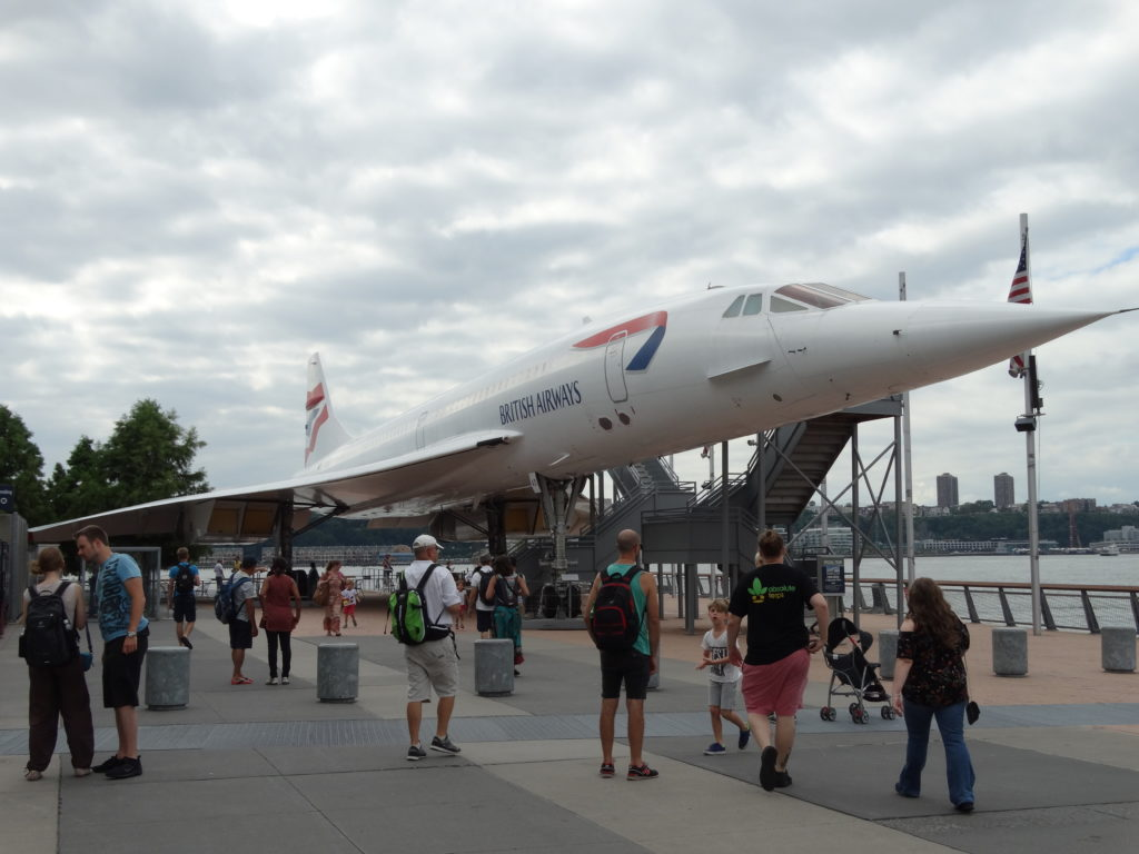 Air museum Intrepide NY