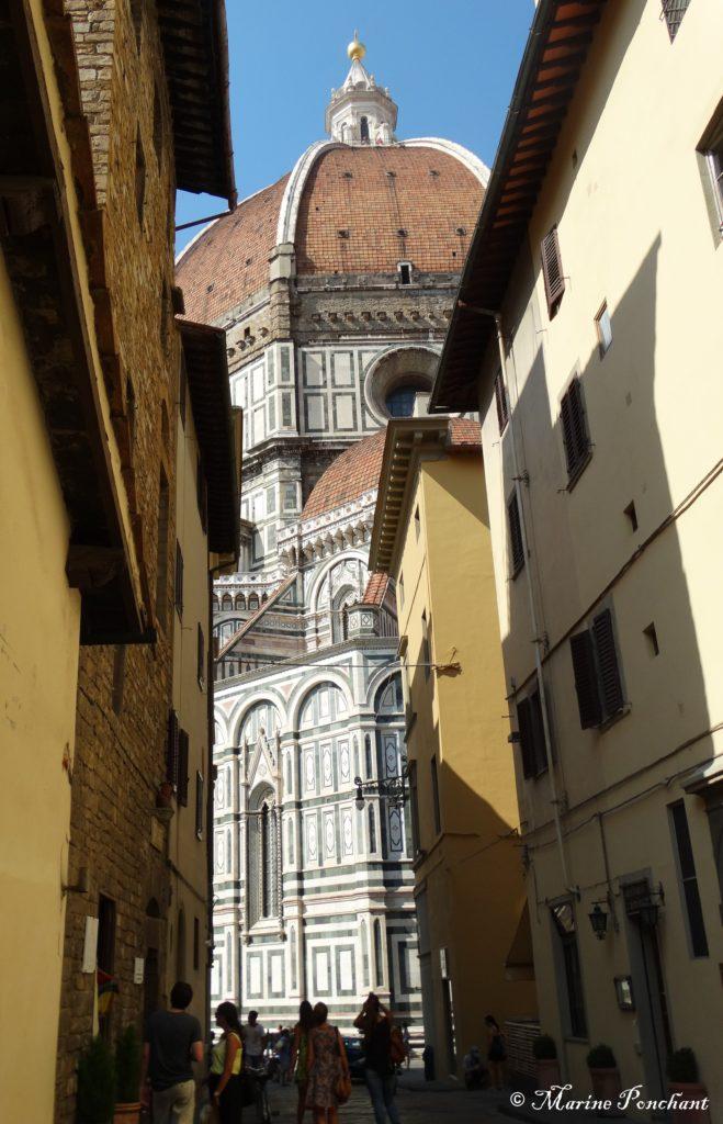 Duomo au détour d'une ruelle