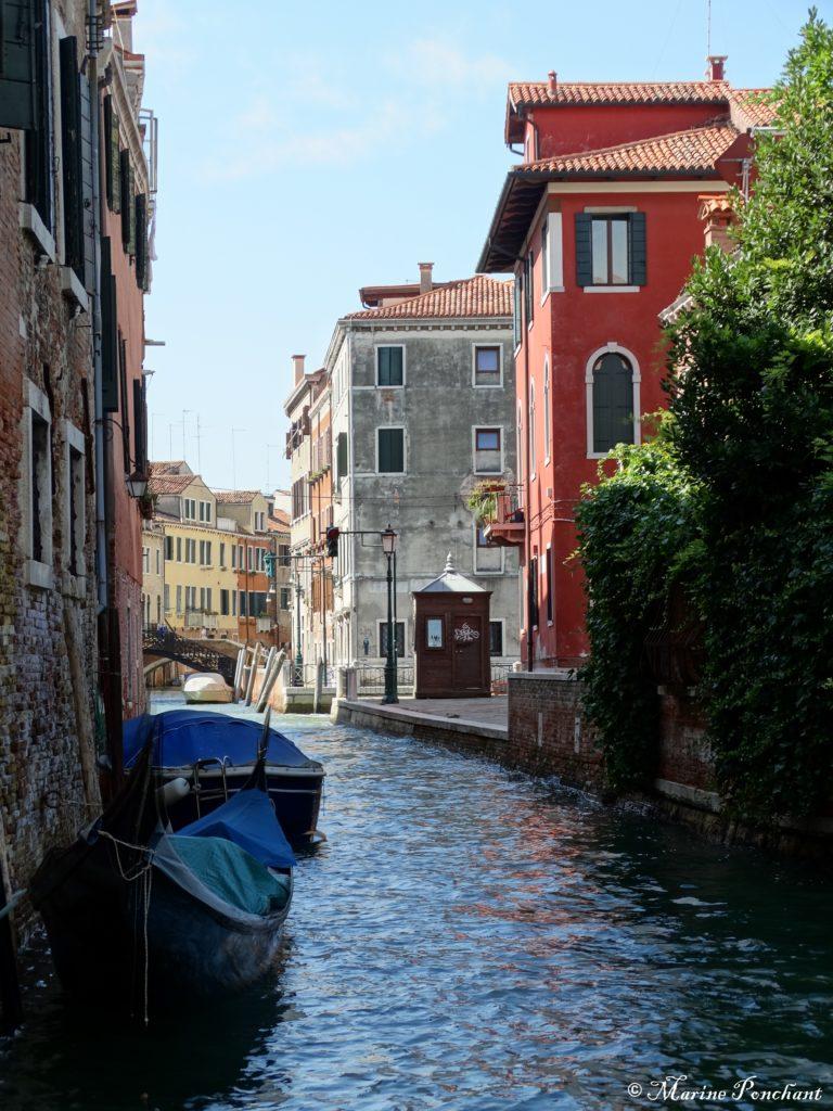 Canal coloré de Venise
