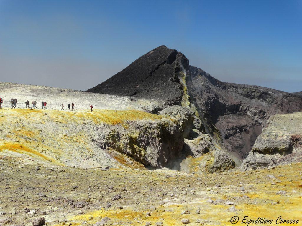 Cratère et souffre Etna
