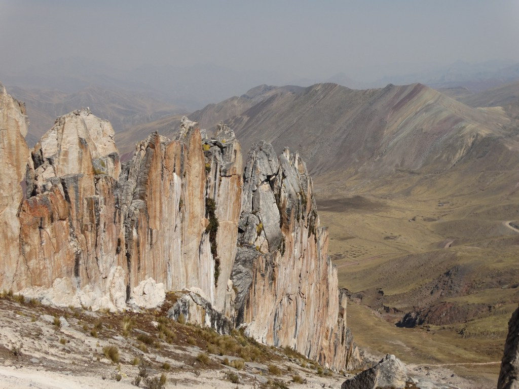 Pics rocheux à 5000m d'altitude Pérou
