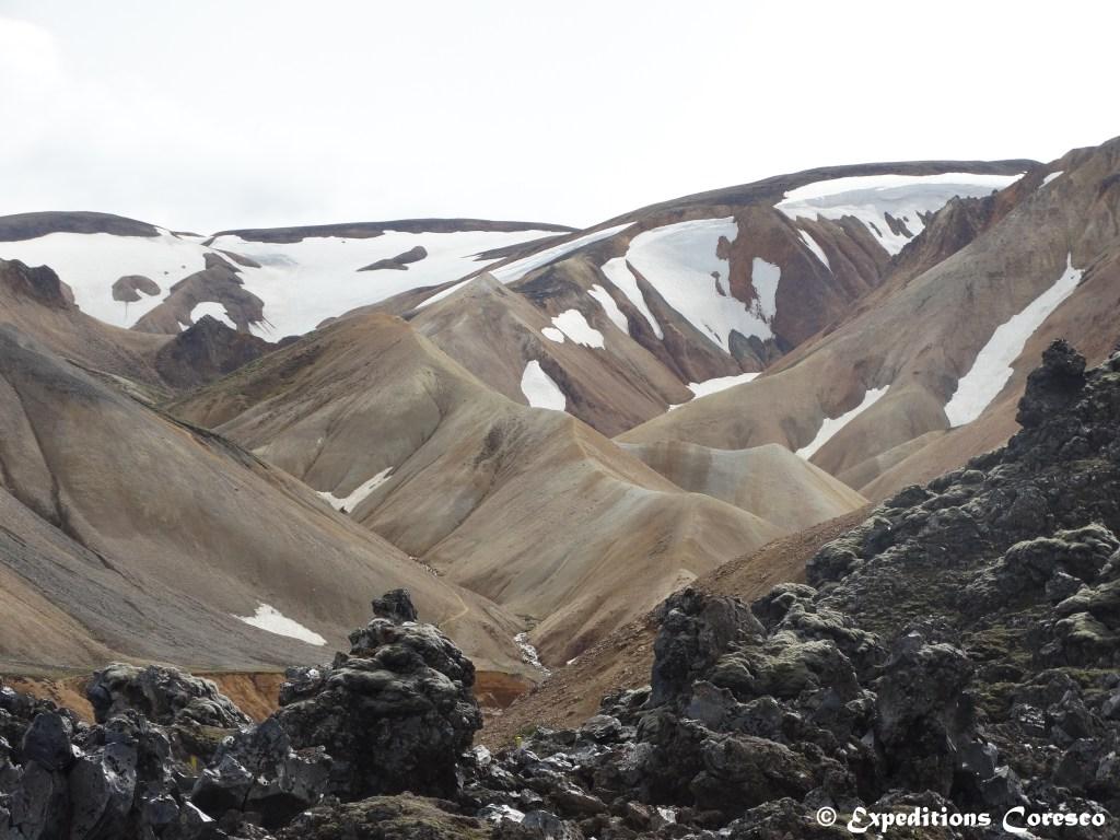 Le Landmannalaugar enneigé