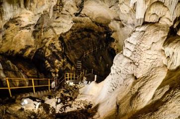 Jaskynným chodníčkom