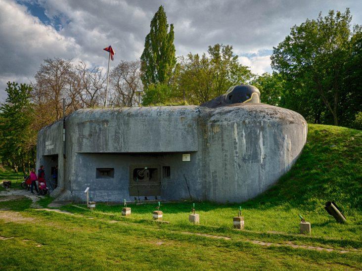 Bunker BS8