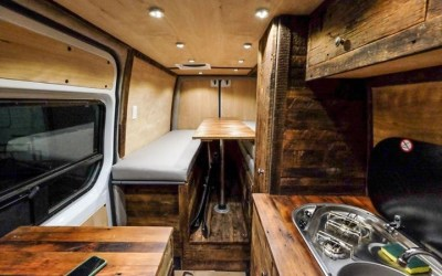 2016 Mercedes Benz Sprinter 4×4 Custom Build – Boulder, USA – $100,000