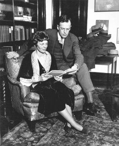 Amelia_Earhart_and_husband_George_Putnam_1931