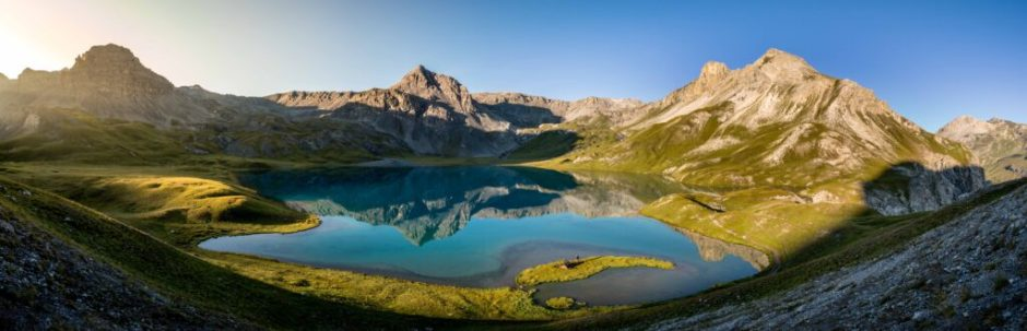 The most wonderful lake in the Swiss Alps
