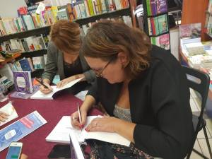 signatures-livre-Experience-Collaborateur--Severine-Loureiro