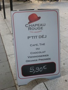 Breakfast bargains even in large towns like Bordeaux!