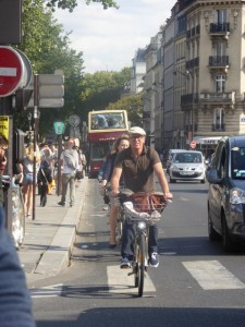 Bicycling the not-so-peaceful streets of Paris