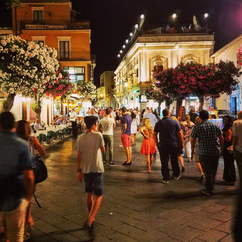 52 Reasons to Love Sicily   #12. Passeggiate in Taormina