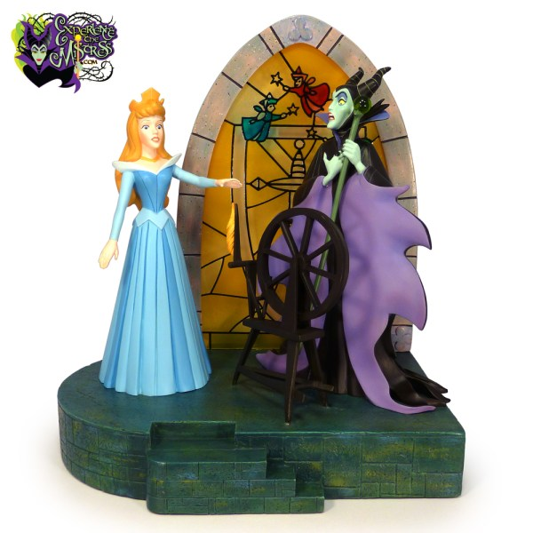 Disney Store Walt Sleeping Beauty Collectible Figural Scene Statue Aurora
