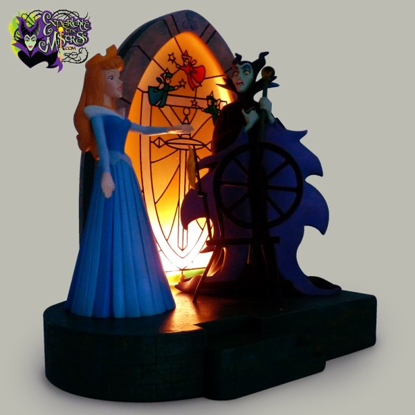 Disney Store Walt 'sleeping Beauty' 40th Anniversary Collectible Figural