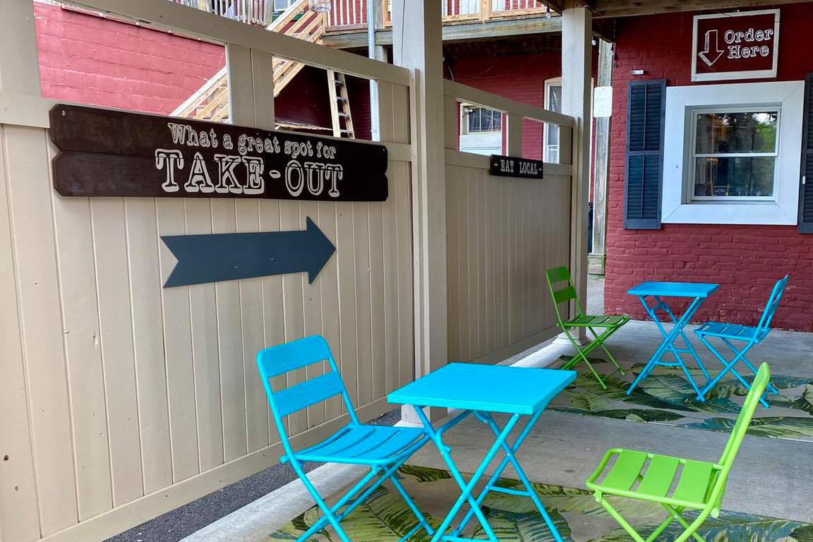 Owego-Kitchen-Tioga-County-NY-Outdoor-Dining