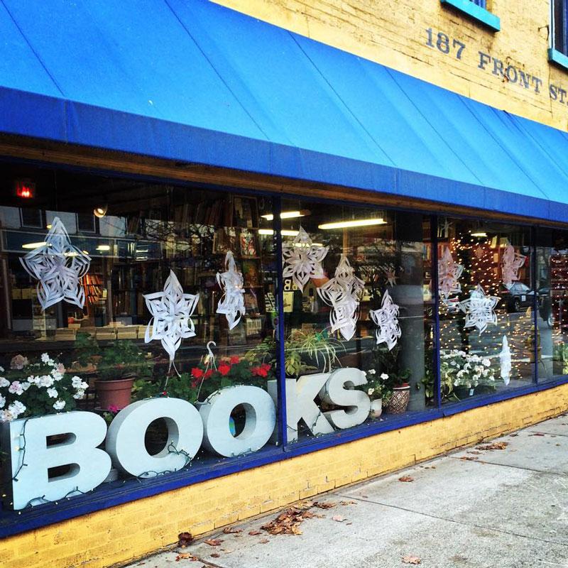 Riverow-Bookshop-Owego-Storefront-BOOKS-in-Window
