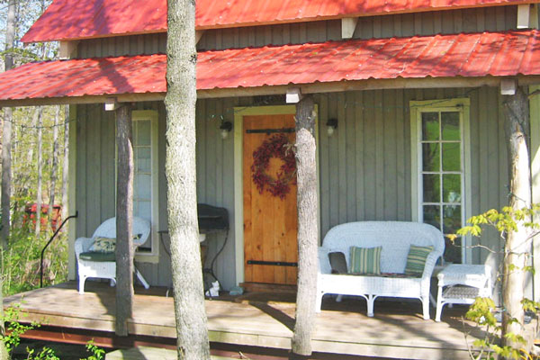 Small-Graces-at-Forget-Me-Not-Farm-Candor-Tioga-Front-Porch-2