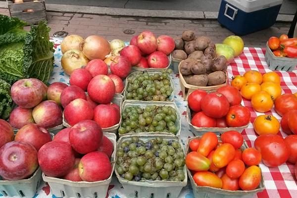 Waverly-Farmers-Market