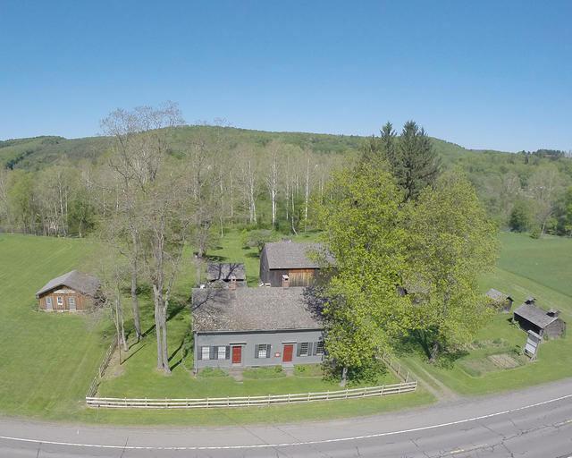 bement-billings-farmstead-weddings-aerial