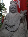 Discover India in Japan : Saraswati idol at JR Koenji Azuma Dori
