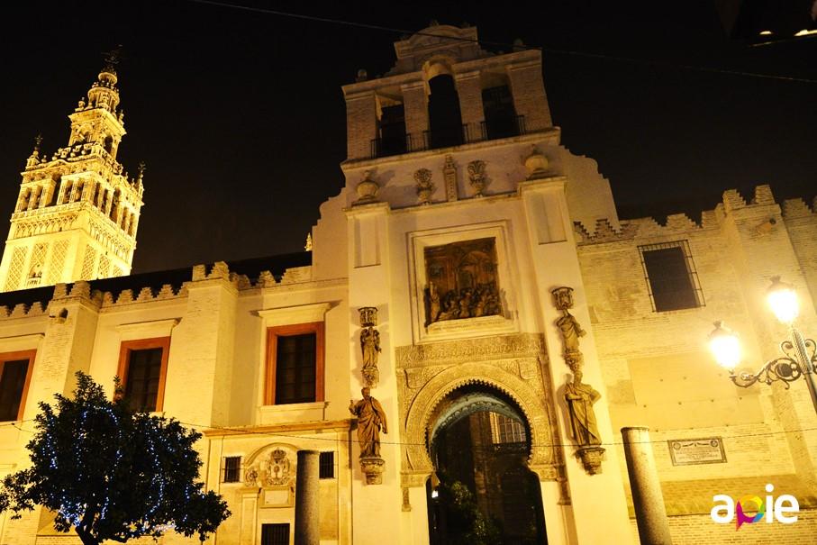 Tour notturno di Siviglia
