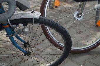 ... und jedes Mal die Hoffnung, dass mein kleines, liebes, etwas abgerocktes Fahrrad am Abend noch dort auf mich wartet...