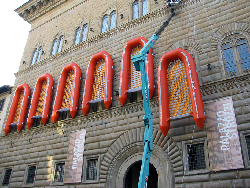 Ai Weiwei, Reframe, 22 rubber boats installed at Palazzo Strozzi, Florence, Italy, 2016, http://www.designboom.com/art/ai-weiwei-florence-palazzo-strozzi-rubber-life-boats-libero-reframe-exhibition-09-14-2016/