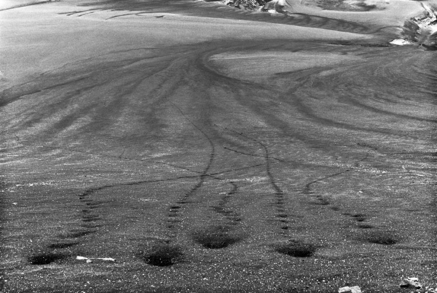 richard-long-five-stones-1974