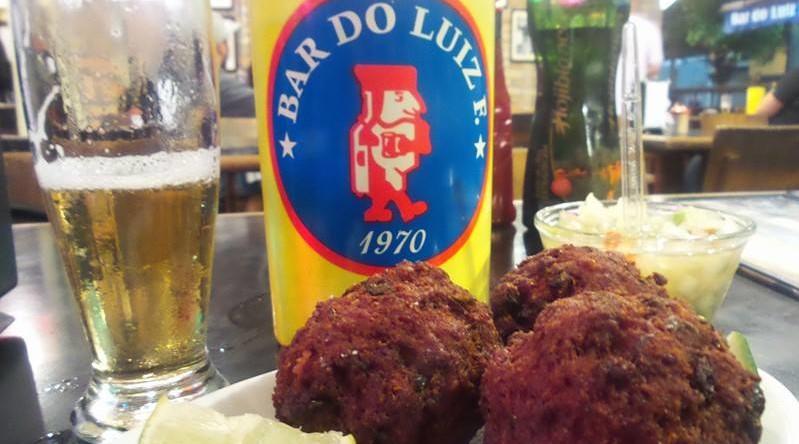 ExperiMente Comer: Bolinho de carne do Bar do Luiz