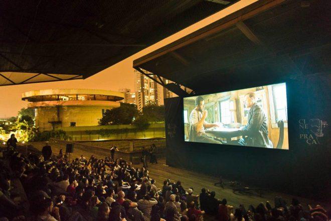 Cine na Praça na Praça Vitor Civita Foto: Divulgação