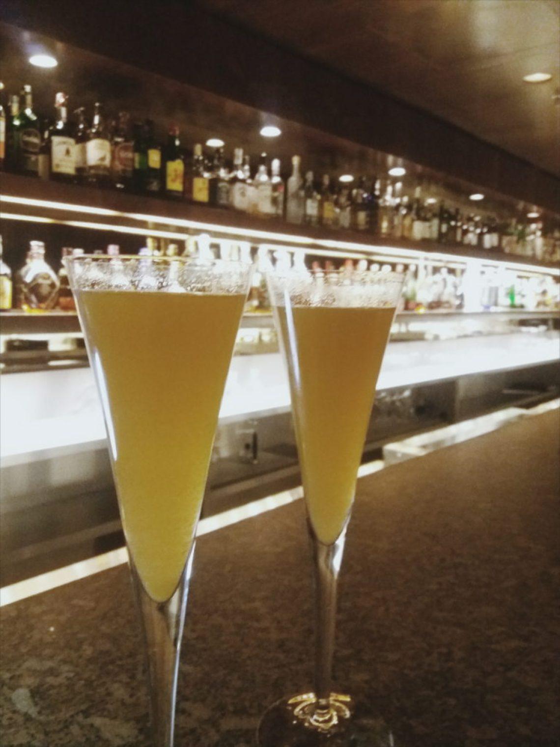 Bellini- Espumante com suco de pessego Foto: ExperiMenteSP