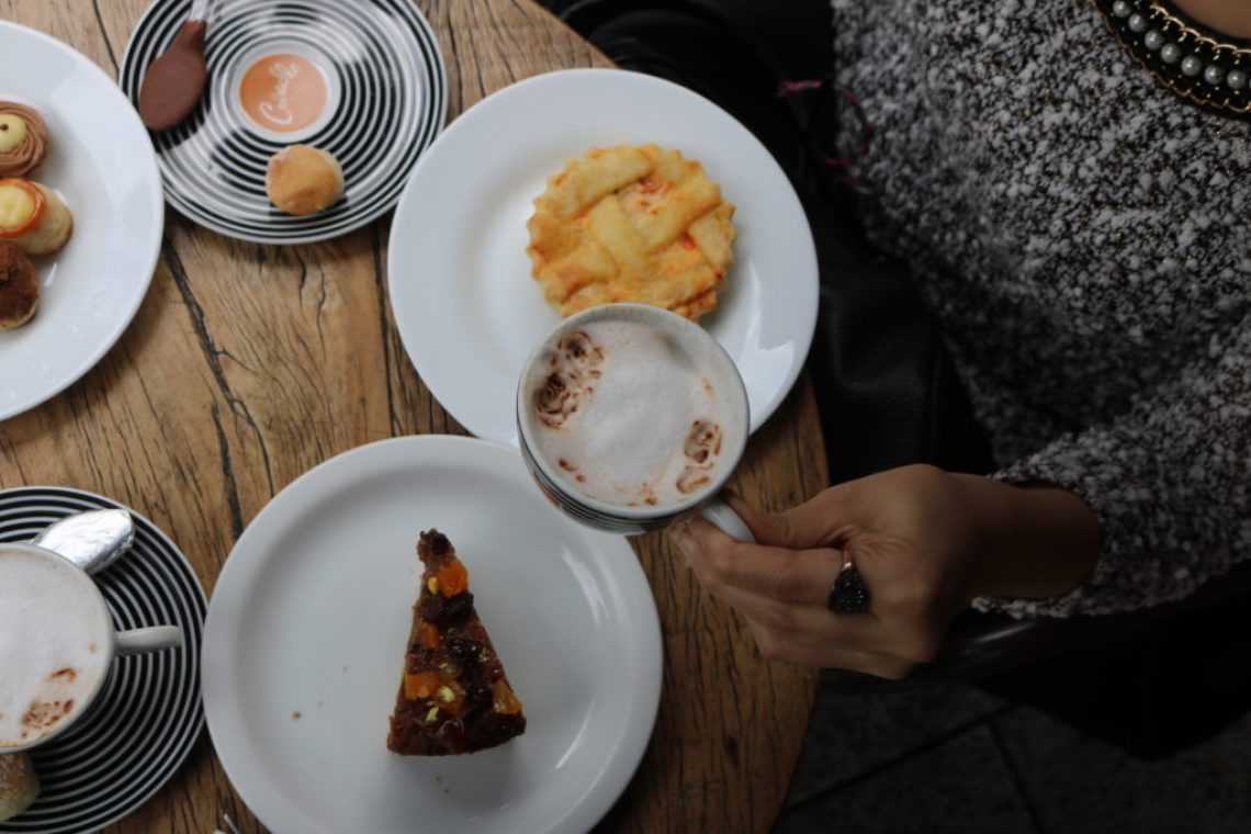 mesa-cafe-doceria-cristallo