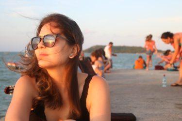 Bruna na Praia de Manguinhos - Foto: ExperiMenteSP