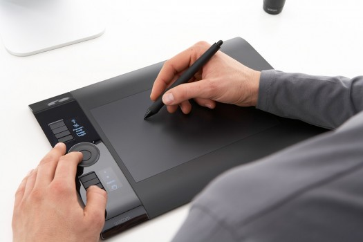 intuos4_in_use