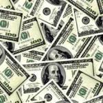 За две недели валютной либерализации ПриватБанк оформил 188 е-лимитов на вывоз средств за границу