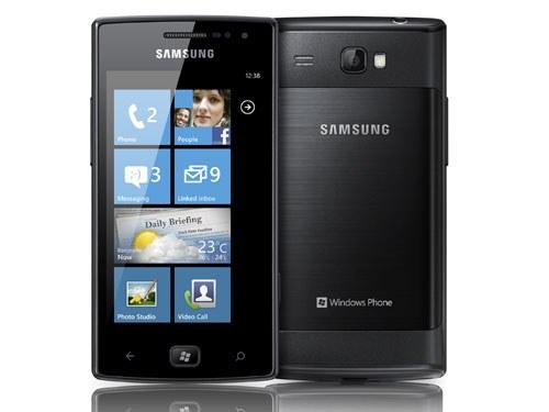 Samsung Omnia W - смартфон на Windows Phone 7.5 Mango