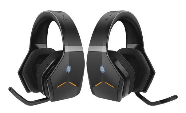 Alienware Wireless Headset (back-to-back)