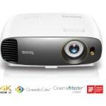 4K HDR проектор BenQ W1720, предназначенный для домашних кинотеатров