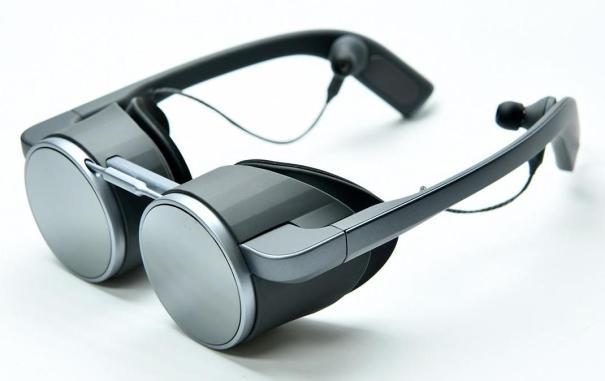 VR-очки с поддержкой HDR и UHD