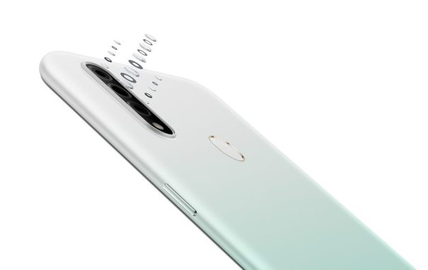 камера OPPO A31