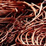 На сети Укртелекома ежедневно вырезают 6 км кабеля