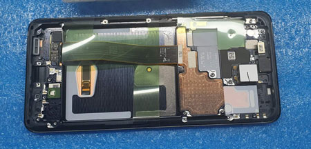 разборке Samsung Galaxy S20 Ultra
