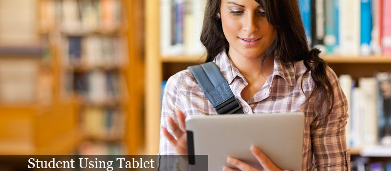 Student_using_tablet