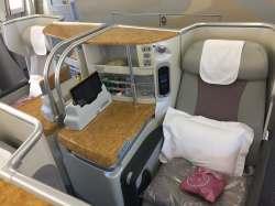 Emirates bus Class seat 5