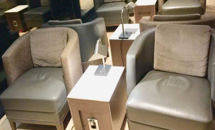 LATAM-Lounge-seating-with-power-round-world-trip