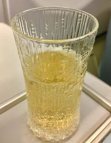 Finnair-A330-JFK-HEL-welcome-drink-champagne-round-world-trip