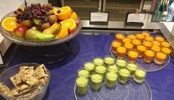 Finnair-Premium-Lounge-breakfast-fruit-smoothies-round-world-trip