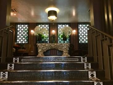 Juliana-Hotel-Paris-lobby-entrance-round-world-trip