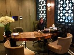 Juliana-Hotel-Paris-reception-round-world-trip