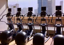 12Gloria-Hotel-Dubai-gym-exercise-with-view