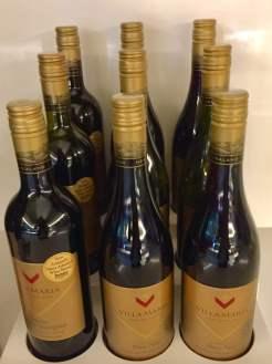 Air-New-Zealand-Lounge-Brisbane-NZ-red-wine